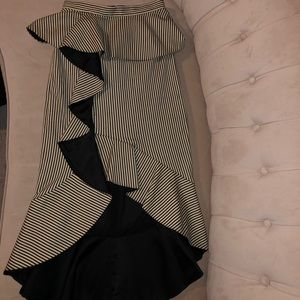 Alice and Olivia Mid length Skirt